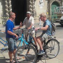 Blue bike tour door Alicante